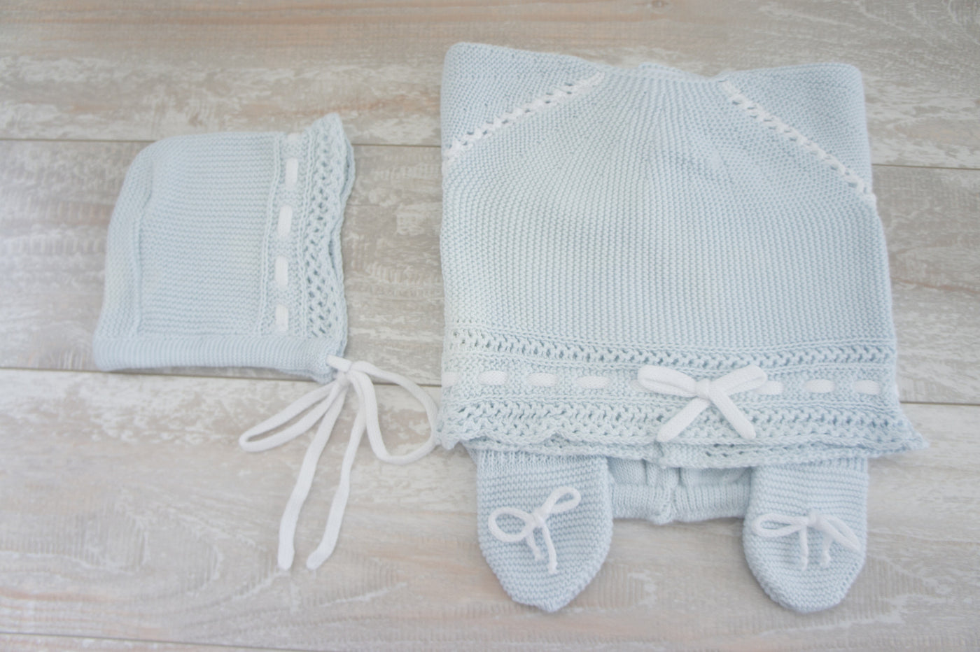 "Knit Cotton Newborn Blue sweeter and pants,  ""Take me home set"", 3 piece by Patucos"