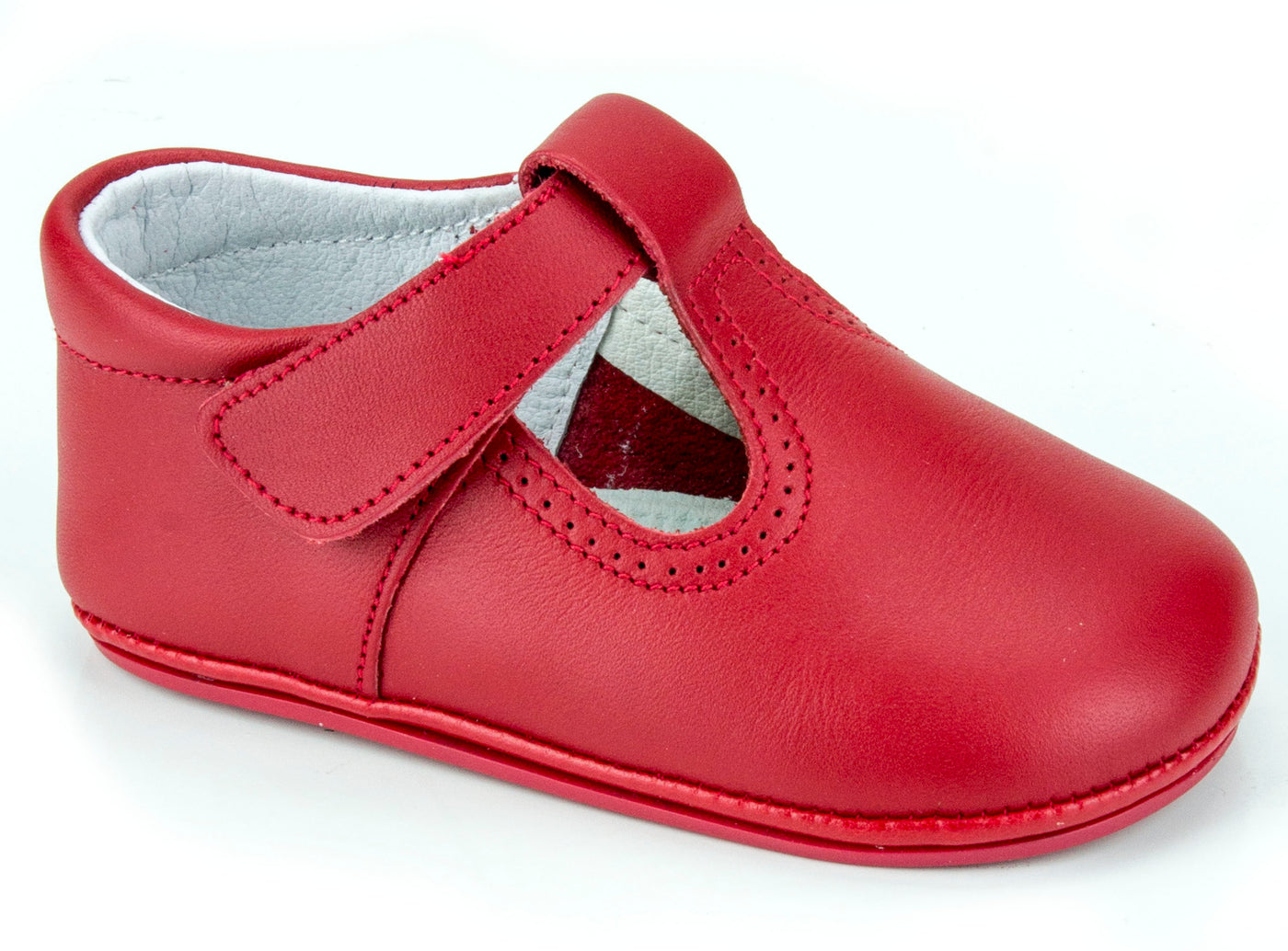 Classic Leather T-Strap Mary Janes Easy Open unisex for Boys and Girls Red by Patucos