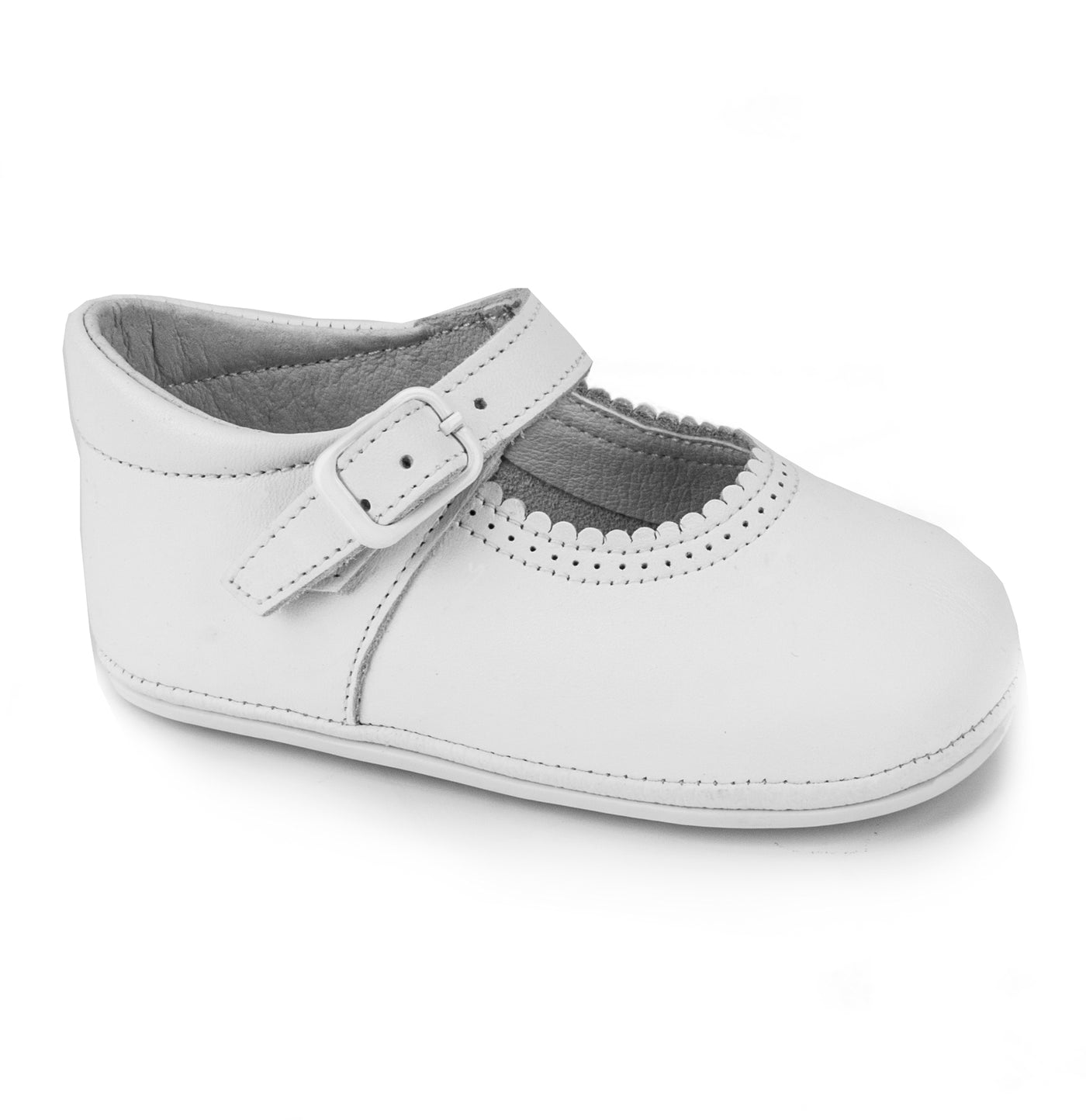 Patucos Soft Leather Mary Janes White Shoes for girls