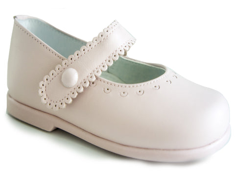 Classic Pink Leather with details Mary Janes Shoes for Girls Patucos Shoes Baby and Infants