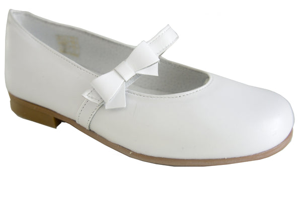 Classic White soft Leather Communion Shoes with neat bow for girls by Patucos