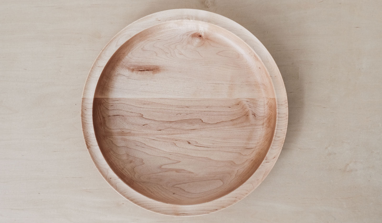 De Jong & Co Serving Bowl: Maple