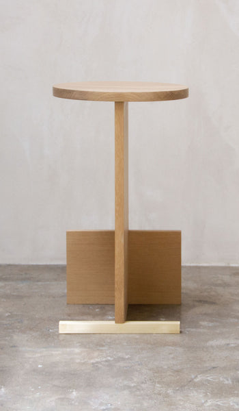 Estudio Persona T Counter Stool