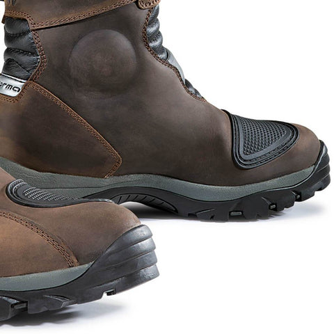 Forma Adventure Boots Low Brown