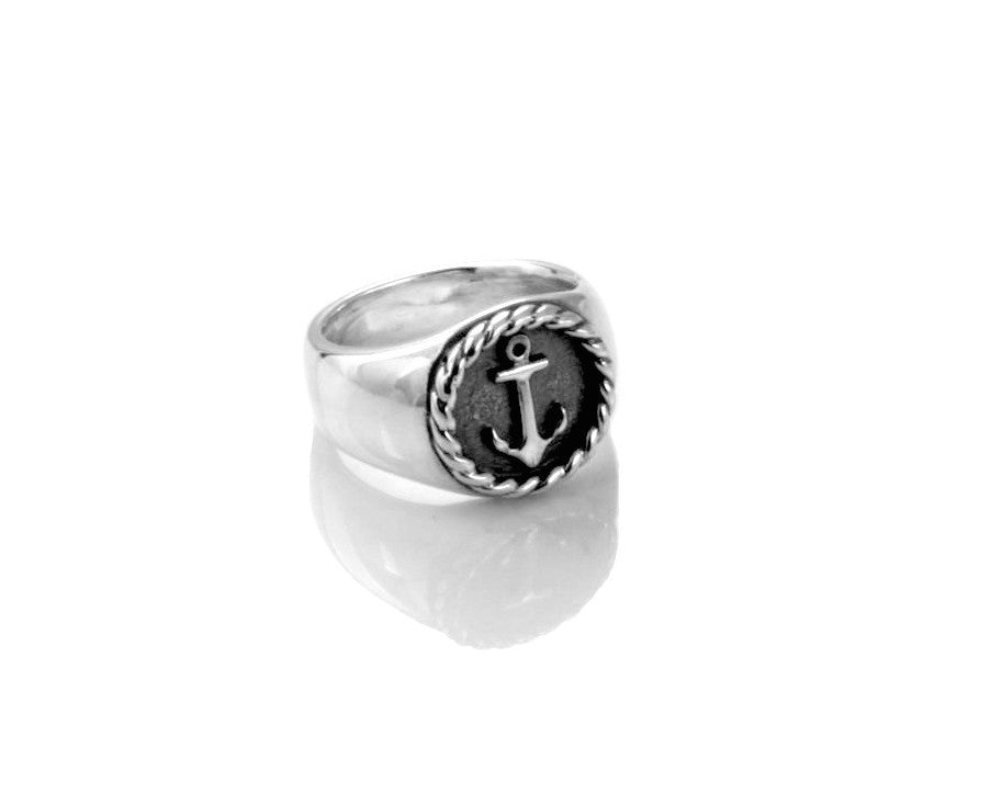 Anchor Round Signet Ring