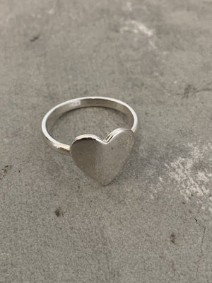 Heart Ring - size L (5 1/2US)