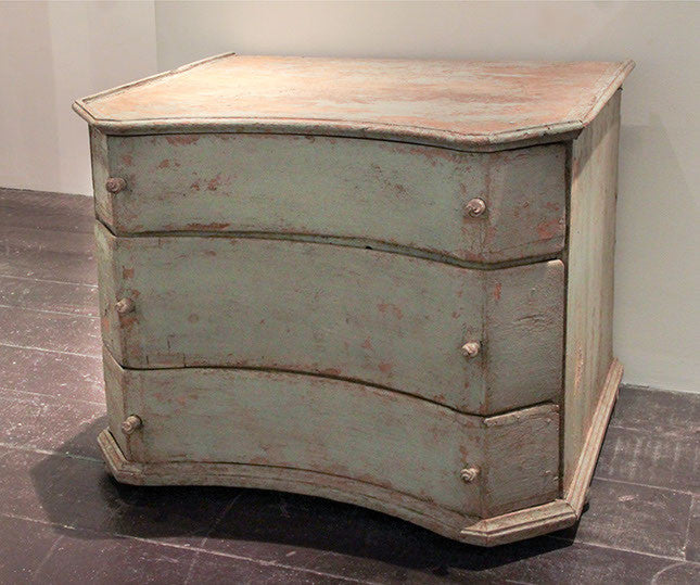 C18th German chest of drawers