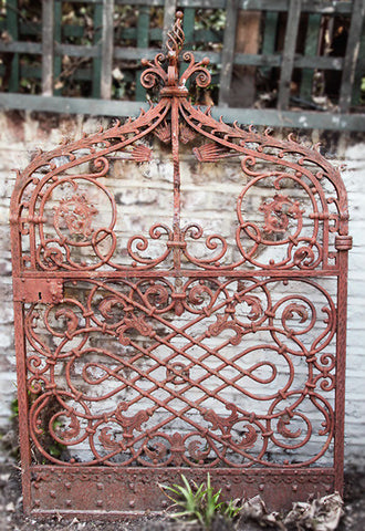 c19th French cast iron ornate gate