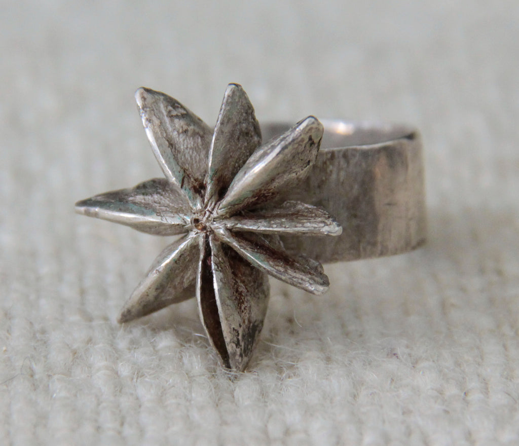 Star Ainise Silver  Ring