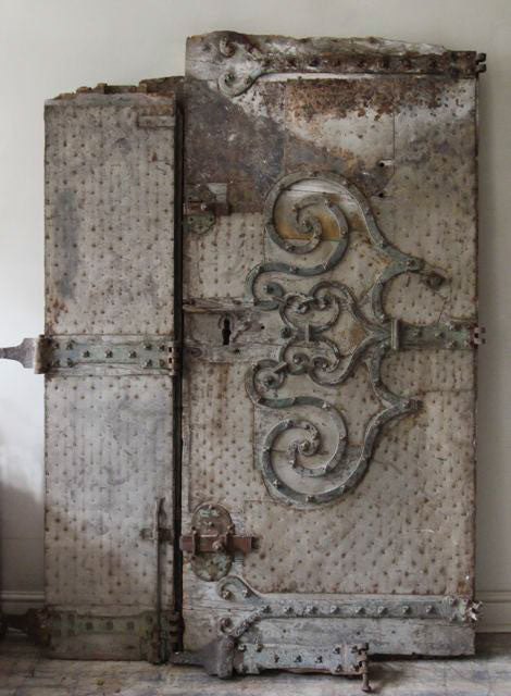 c17th door from Nimes