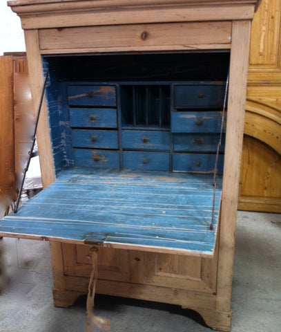 c19th French Bureau