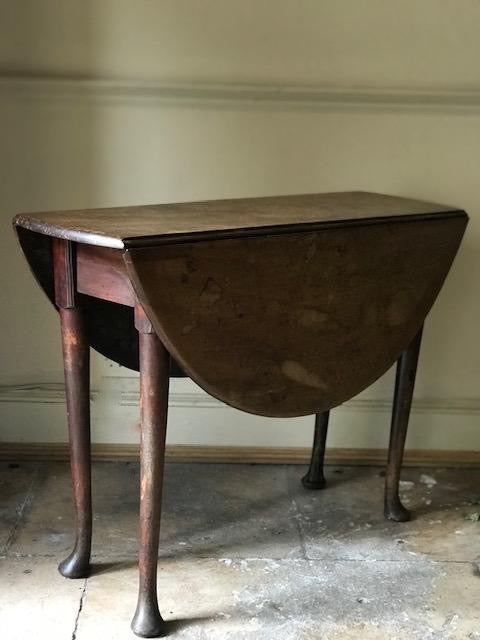 Late c18th English drop leaf table