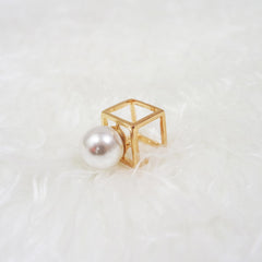Pearl Cube Ring - Gold