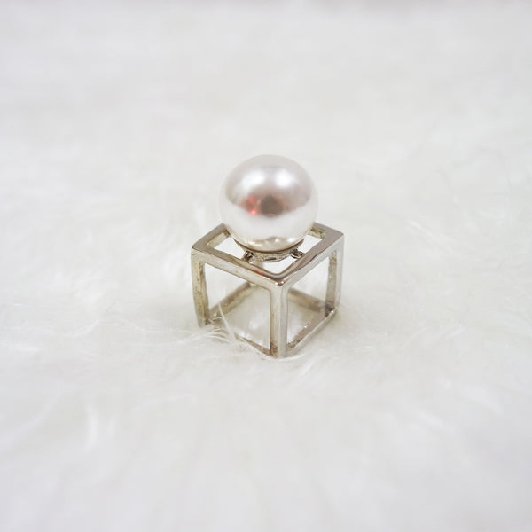 Pearl Cube Ring - Silver