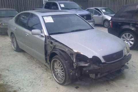 Lexus GS300 for parts (E043)