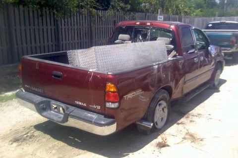 Toyota Tundra for parts (E121)