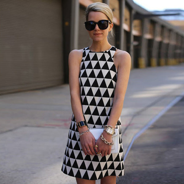 Laura Black & White Triangle Dress - Lobby