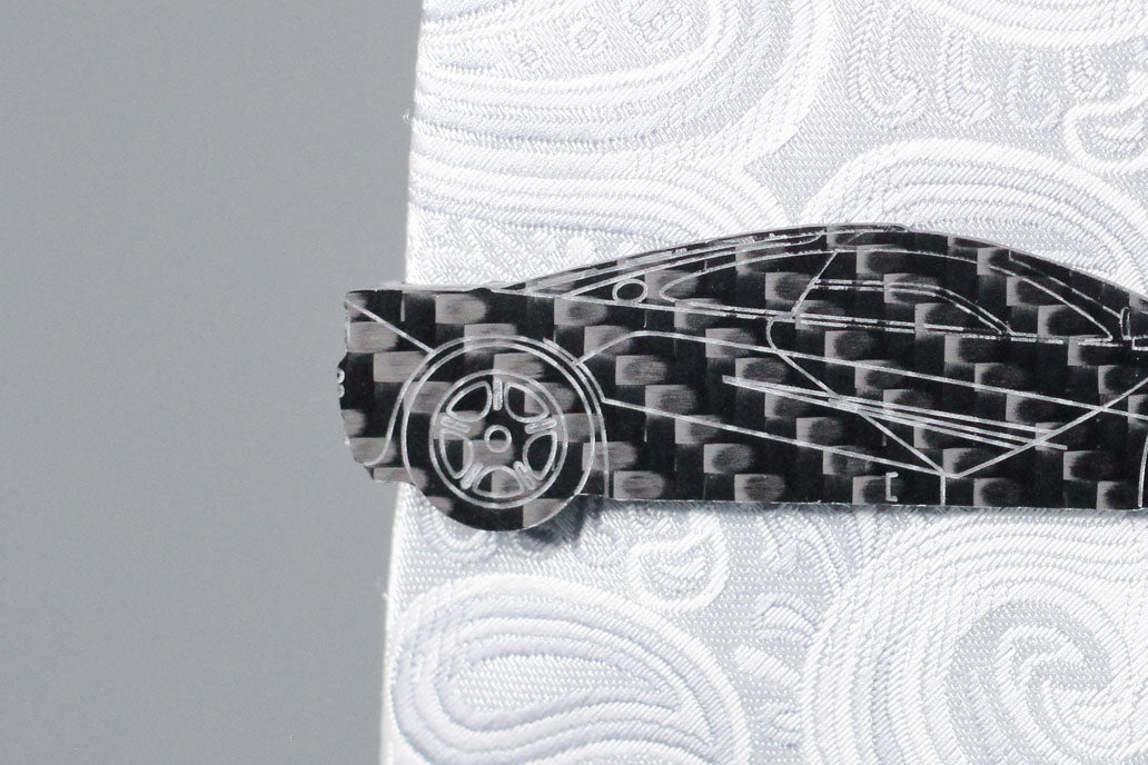 F1 carbon fiber tie clip, rear detail