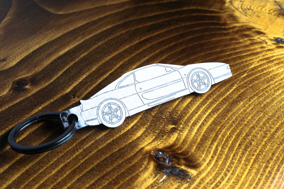 F355 carbon fiber keychain, reflecting light