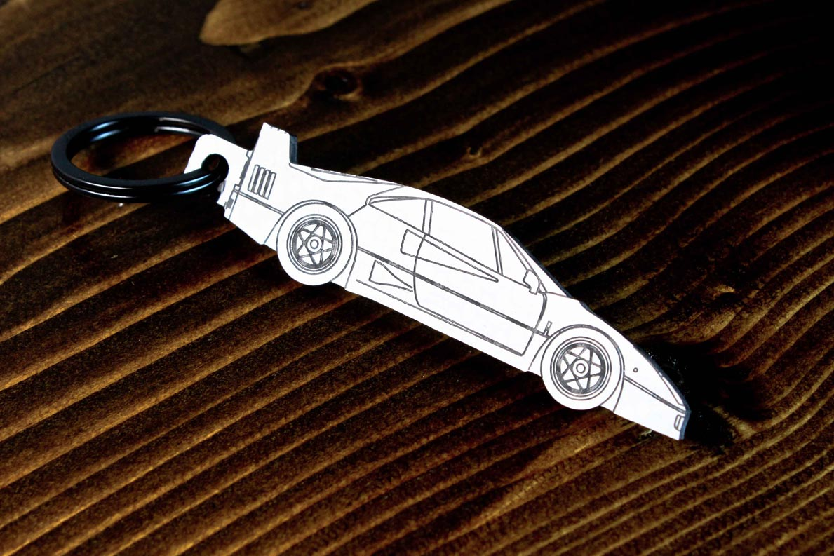 An F40 carbon fiber keychain, line detail view