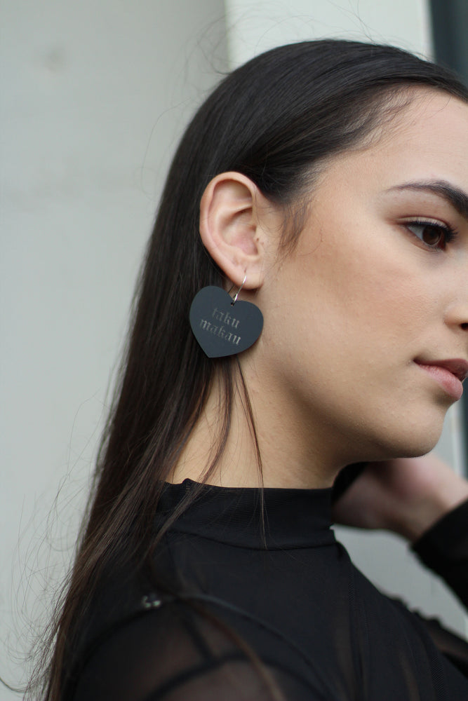 Load image into Gallery viewer, Rare Manawa Earring – Matte Earring in Medium - Black