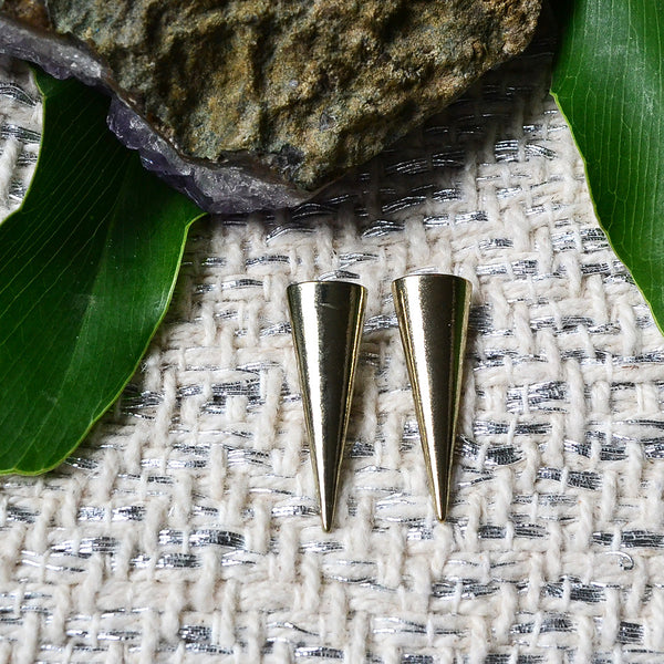 Hollis Earrings - Cole Vintage