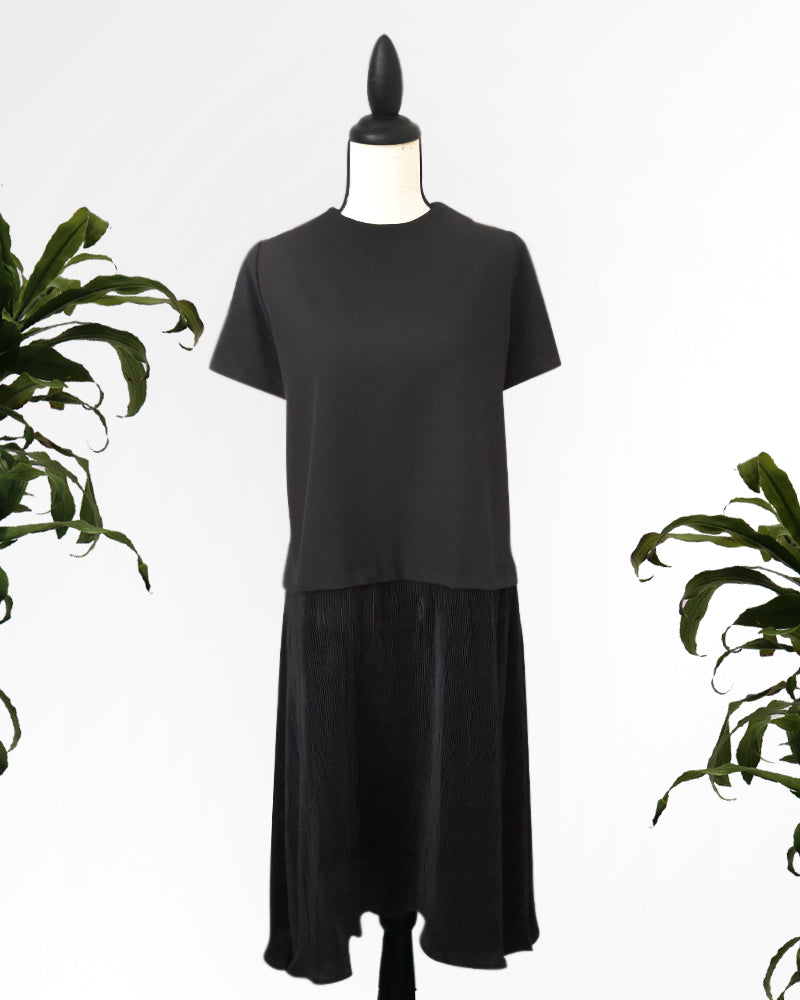 Jheneil Pleated Dress - Cole Vintage