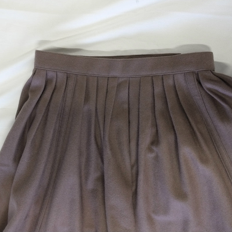pleated flap skirt