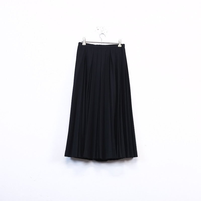 knife pleat maxi skirt