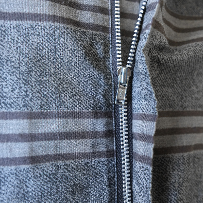 horizontal stripe zip shirt