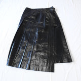 vinyl leather pleated skirt