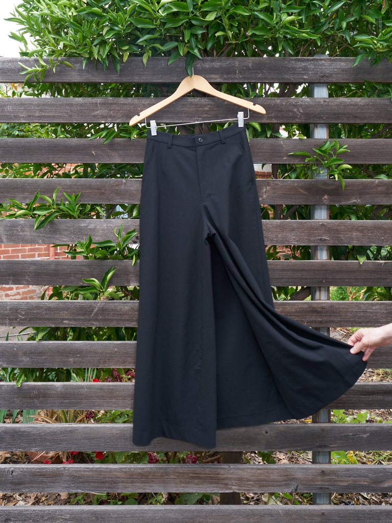 Permanente Issey Miyake 1990s black wool trouser front skirt - womens S