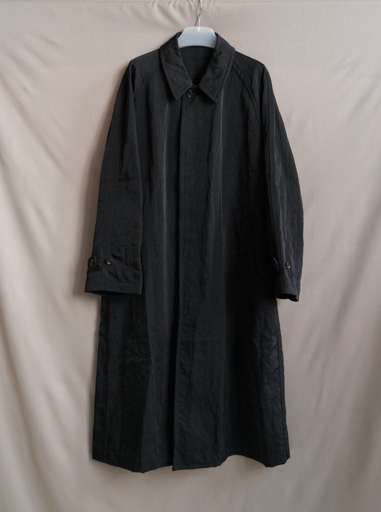 Comme des Garcons Homme AW1993 black creased nylon mackintosh coat - mens M