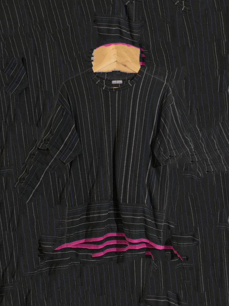 Comme des Garcons Homme black striped cotton tshirt with pink taped hem - M