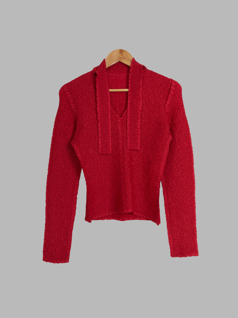 Yoshiki Hishinuma red crinkled polyester ribbon neck longsleeve top - JP 2 M S