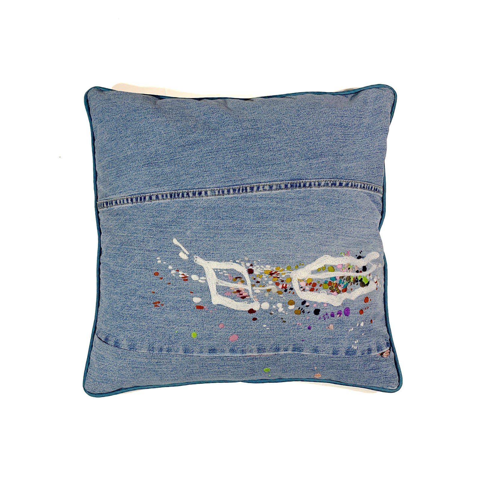 "BANDULU "" HUCKLEBERRY CLOUD "" 18 "" x 18 "" PILLOW"