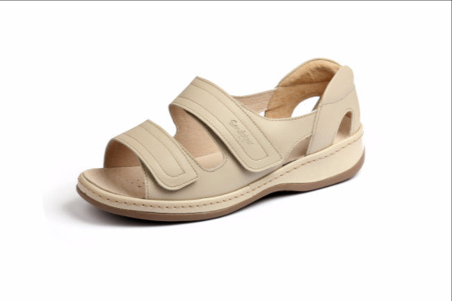 classic ultra wide sandal suitable for diabetics