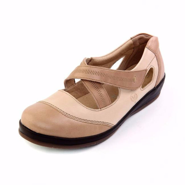 sandpiper ladies fashionable wide fitting shoe