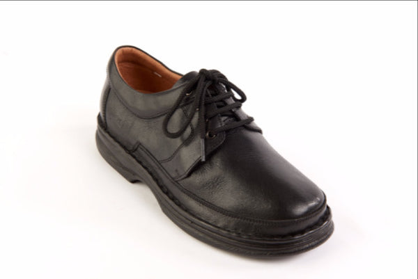 men's classic sandpiper wide fitting shoe suitable for diabetics
