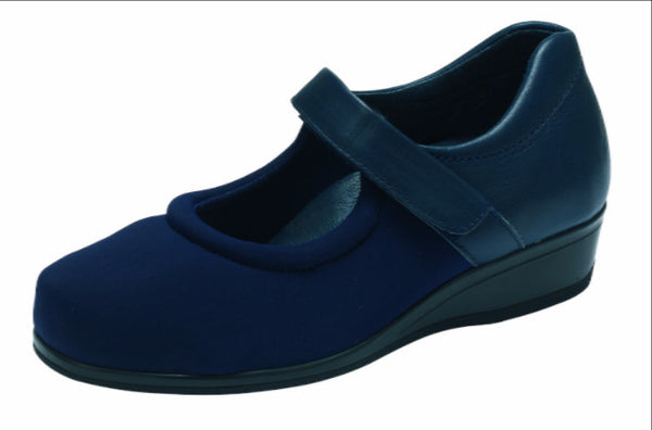 Elastane and soft leather ladies shoe 4E - 6E fitting