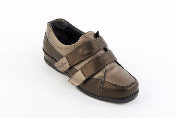 comfortable wide fitting shoes
