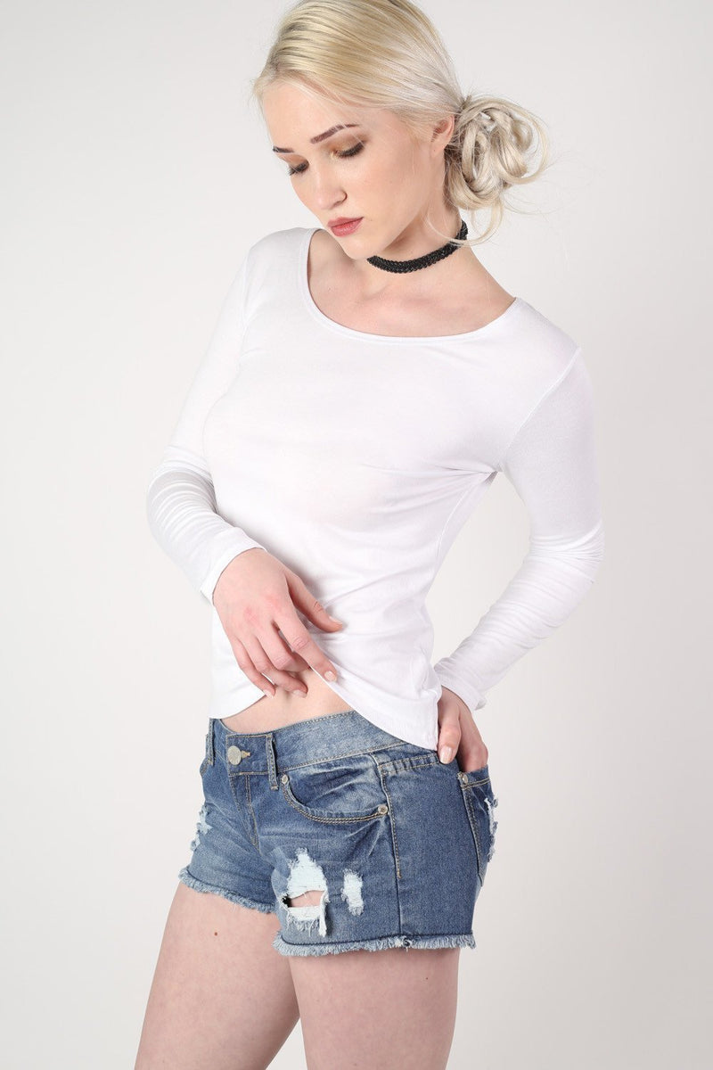 Long Sleeve Scoop Neck Top in White 0