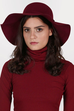 Floppy Self Fabric Band Hat in Wine Red 3