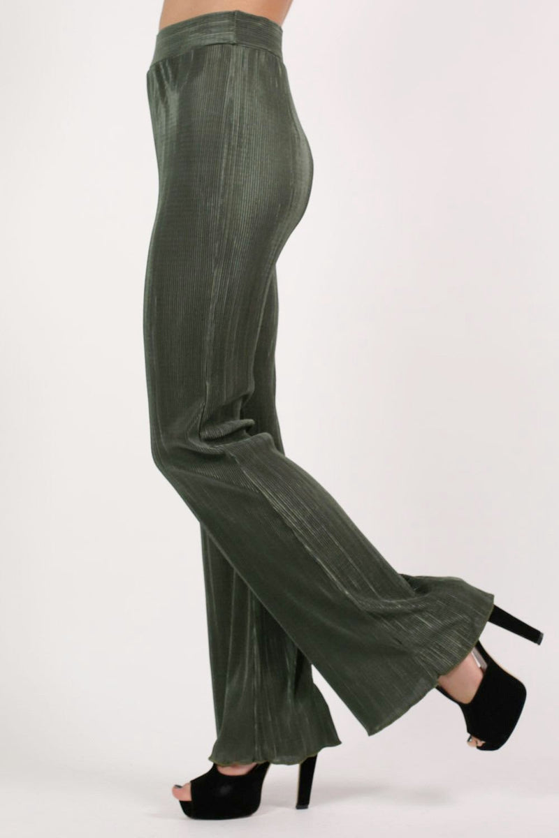 Pleated High Waisted Trousers in Khaki Green 3