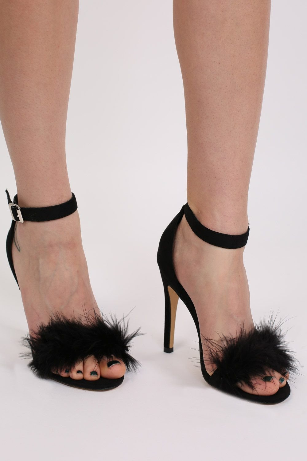 Faux Feather Strappy High Heel Sandals in Black 0