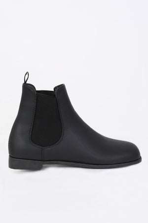 Plain Flat Chelsea Boots in Black 4