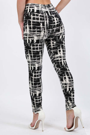 Abstract Check Print Leggings in Black 1