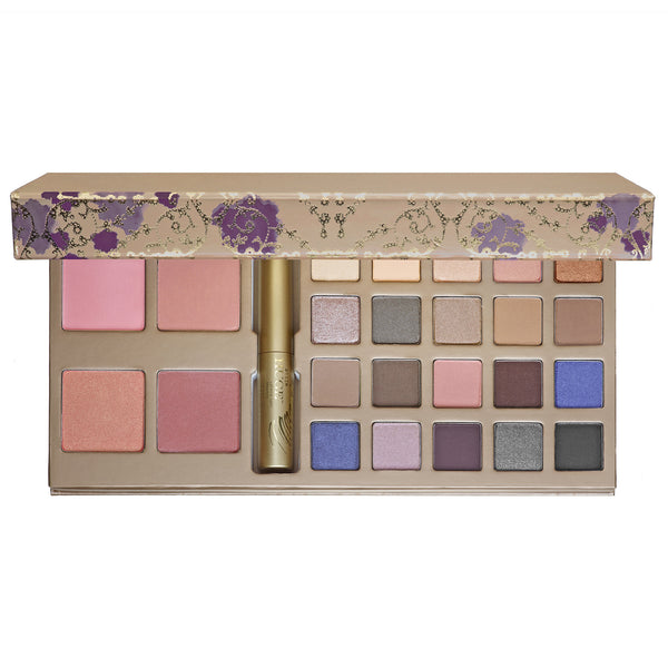 Stila A Whole Lot Of Love Set (Limited Edition)