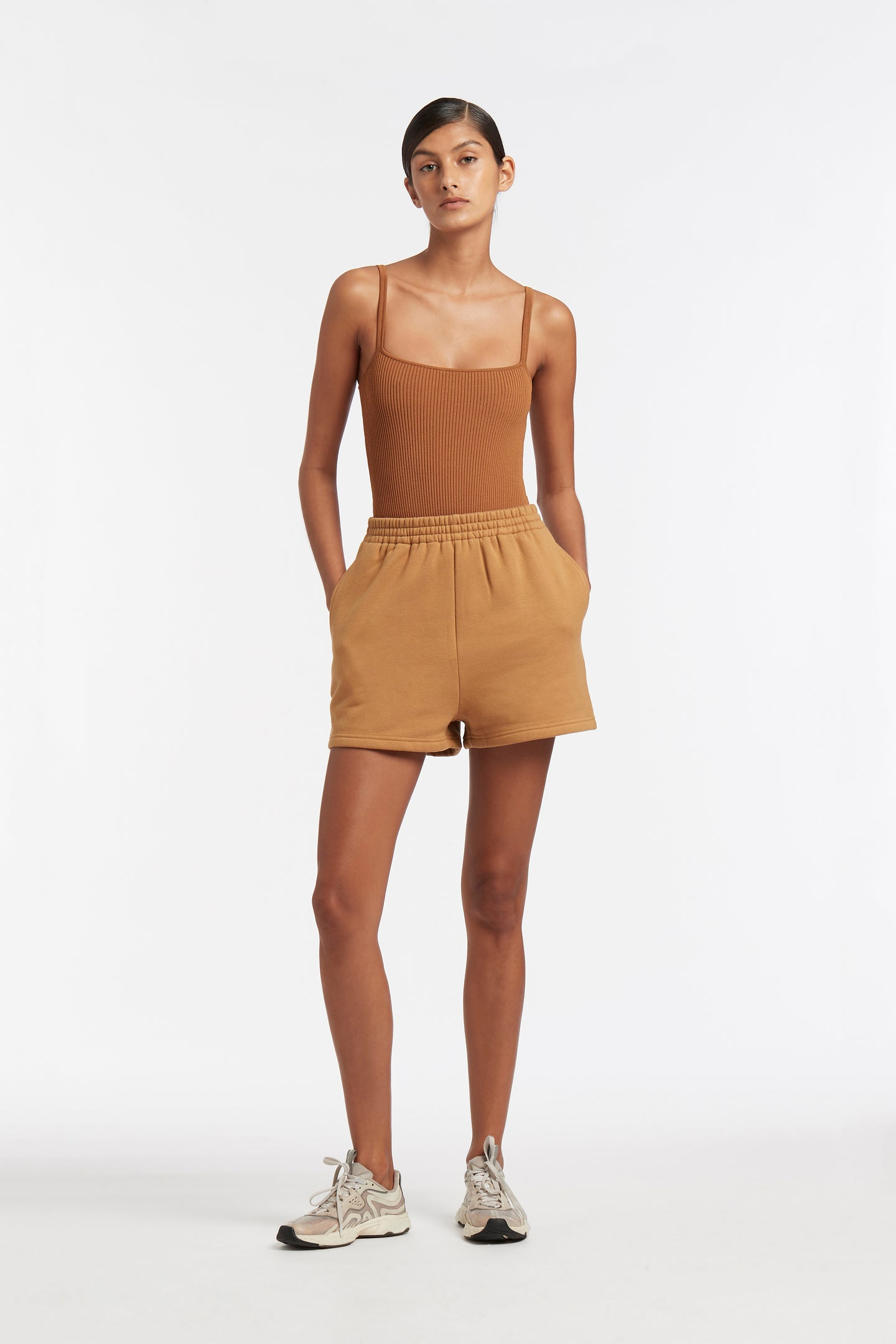 SIR the label LEONE SHORT CAMEL