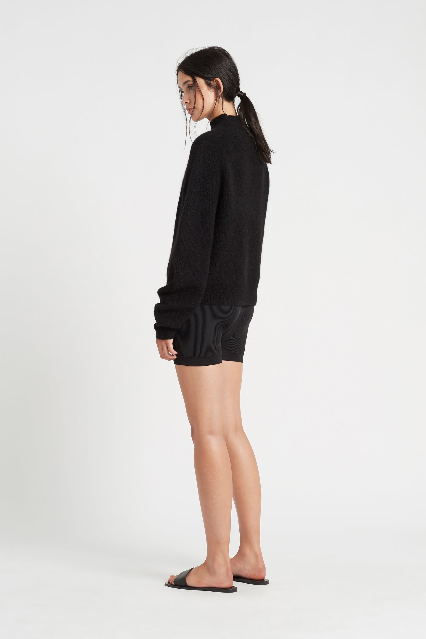 SIR the label INGRID SHORT BLACK